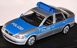 Opel Vectra B 1995-2002 Polizei German Police 1:43