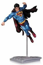Superman The Man Of Steel statuette Shane Davis - 21 cm - DC Collectibles