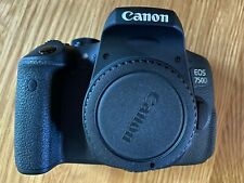 Canon EOS 750D DSLR con 18-55mm IS STM