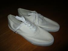 d5617907a557c Ladies Liz Claiborne White Canvas Sneakers Size 10M