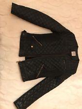 Cazadora Zara talla S color Negro