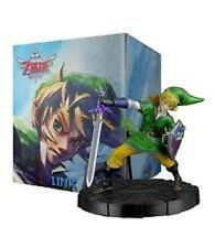 "The Legend of Zelda : Skyward Sword - Link Statue Figurine 7.5"" Nintendo"