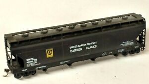 HO Scale Athearn Carbon Blacks SHPX ACF Center Flow Covered Hopper, Kadee's