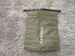 Simms Dry Creek 20 L Dry Bag Medium Tan
