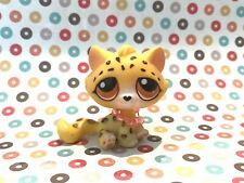 Littlest Pet Shop Bonbon Sitting Cat