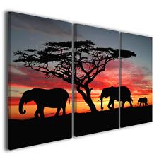 Stampe su tela africane Group of elephant in africa quadri etnici ® quality