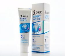 DARLIE EXPERT WHITE FLUORIDE TOOTHPASTE SCIENTIFICALLY PROVEN 3 TIMES WHITER TEE