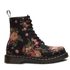 Dr. Martens - 1460 W Black Victorian Flowers 8-hole Shoes US 5 125c1812e0
