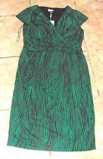 BNWT STUNNING WOMENS SZ 12 MINUET PETITE DRESS