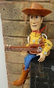 Disney Store Toy Story Woody Pull String Talking Doll Guitar Stetson hat