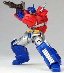 Kaiyodo Revoltech Amazing Yamaguchi Convoy / Optimus Prime No. 014