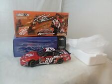 Tony Stewart #20 Home Depot 2002 1/24 Action Grand Prix