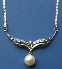 Akoya pearl and diamond on 18K white gold pendant necklace with chain NKL040026