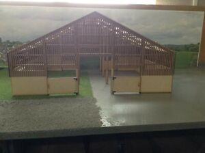 Woody Farm Building. 5-3LASW 1:32, Farm buildings