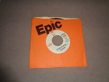"The Hollies ‎– Writing on the Wall - Epic 7"" Vinyl 45 - Promo 1977 - NM-"