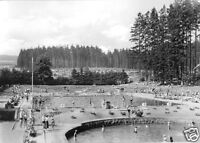 AK, Finsterbergen Thür. Wald, Schwimmbad, belebt, 1970