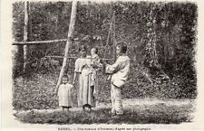 BRESIL BRAZIL UNE FAMILLE D INDIENS NATIVE FAMILY IMAGE 1908 OLD  PRINT