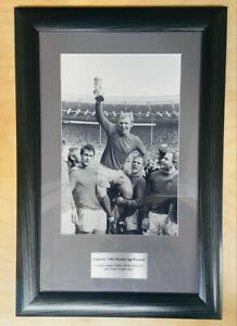 1966 World Cup Winners England Bobby Moore Picture Photo Frame Memorabilia
