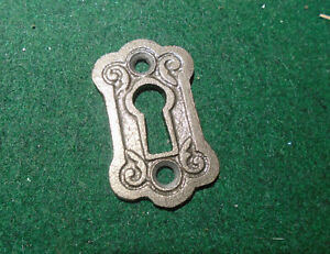 ONE KEY ESCUTCHEON FOR FANCY PENN RIM LOCK - EXACT REPRODUCTION (15226)