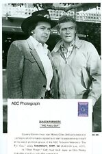 LEE MAJORS MICKEY GILLEY THE FALL GUY ORIGINAL 1985 ABC TV PHOTO