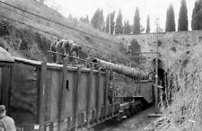 WW2 Picture Photo Nettuno Italy 1944 German troops cleaning the railway gun 2480