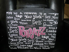 Bratz World Tour Carrying Case With 3 Dolls, Clothing, & Shoes - Great Deal!!!!