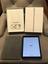 APPLE IPAD 5th Generation 128GB + Bundle!! Excellent Condition