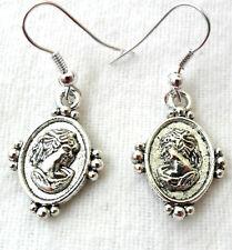 Dangle earrings - Oval with lady's head / bust