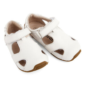NEW SKEANIE Toddler Leather Sunday Sandals White. Podiatry Designed & Approved.