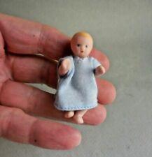 Muñecas para casas de muñecas