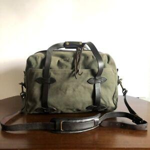 Filson Otter Green Medium Rugged Twill Travel Bag