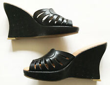 ROBERT CLERGERIE Wedge Sandals Sz 8.5 Heart-Shaped Perf Black Leather BARNEYS NY