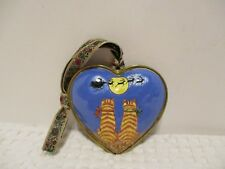 HAND-PAINTED ENAMELED HEART SHAPED CHRISTMAS CAT ORNAMENT