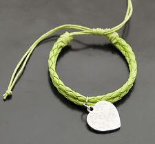 Bracelet bresilien cuir tresse avec breloque coeur -vert BB362