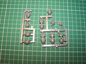 15 Space Marine Blood Angel Sanguinary Guard Shoulder Pads bits, 40K GW