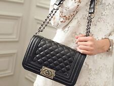 2016  Leather Quilted Shoulder Messenger Bag New Womens Chain Bags 26*15*12cm