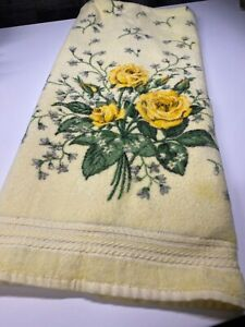 Vintage R A BRIGGS Yellow Roses Small White Floral Bath Towel