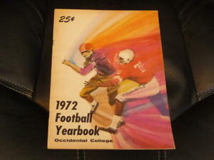 1972 OCCIDENTAL (CA) COLLEGE FOOTBALL MEDIA GUIDE EX--MINT BOX 36