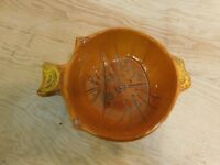 1967 Pacific Stoneware People Lovers Cat Face Bowl