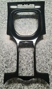 Holden Commodore VE  Gear Selector Surround Trim Plate / Series 1 & 2 - AUTO