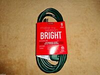 LIVING SOLUTIONS 9 FOOT INDOOR OUTDOOR EXTENSION CORD WITH 3 OUTLETS PLUGS GREEN