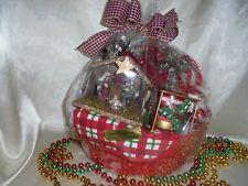CHRISTMAS GIFT BASKET - G