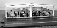 1:32 Scale Vintage Paddock Kit for 4 Cars - for Scalextric/Other Static Layouts