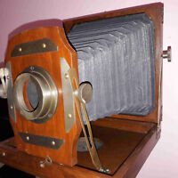 Antique Folding Camera With Wooden Tripod Home Decorative