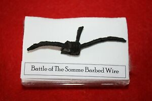 WWI World War 1 WW1 Battle of the Somme Barbed Wire in display case
