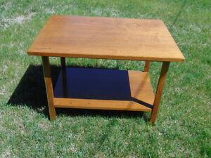 Vintage Mid Century Modern Danish Style Calvin Side Table by Paul McCobb