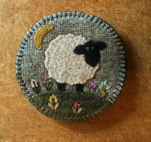 "WOOL APPLIQUE KIT NEEDLE KEEP ""IN THE MEADOW""   BY VILLAGE WOOL"