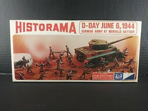 MPC HO Scale HISTORAMA D-DAY GERMAN ARMY AT MERVILLE BATTERY.