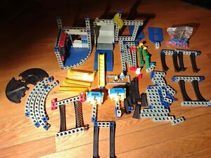 Huge Lot Of Rokenbok System Construction Rc parts and pieces