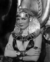 "CLAUDETTE COLBERT IN THE FILM ""CLEOPATRA"" - 8X10 PUBLICITY PHOTO (BB-412)"